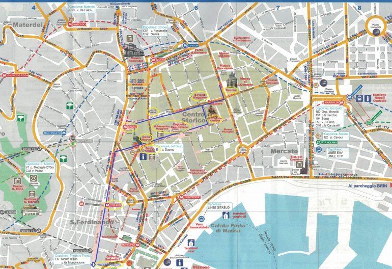 Cartina Turistica Napoli Centro.Napoli Itinerario Di Due Giorni A Piedi Tra Le Vie Della Citta