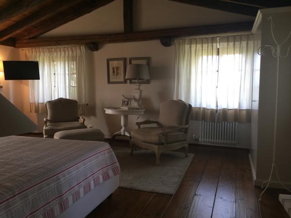 Camere Da Letto Matrimoniali Veneto : Dormire in una botte la vigna di sarah a vittorio veneto