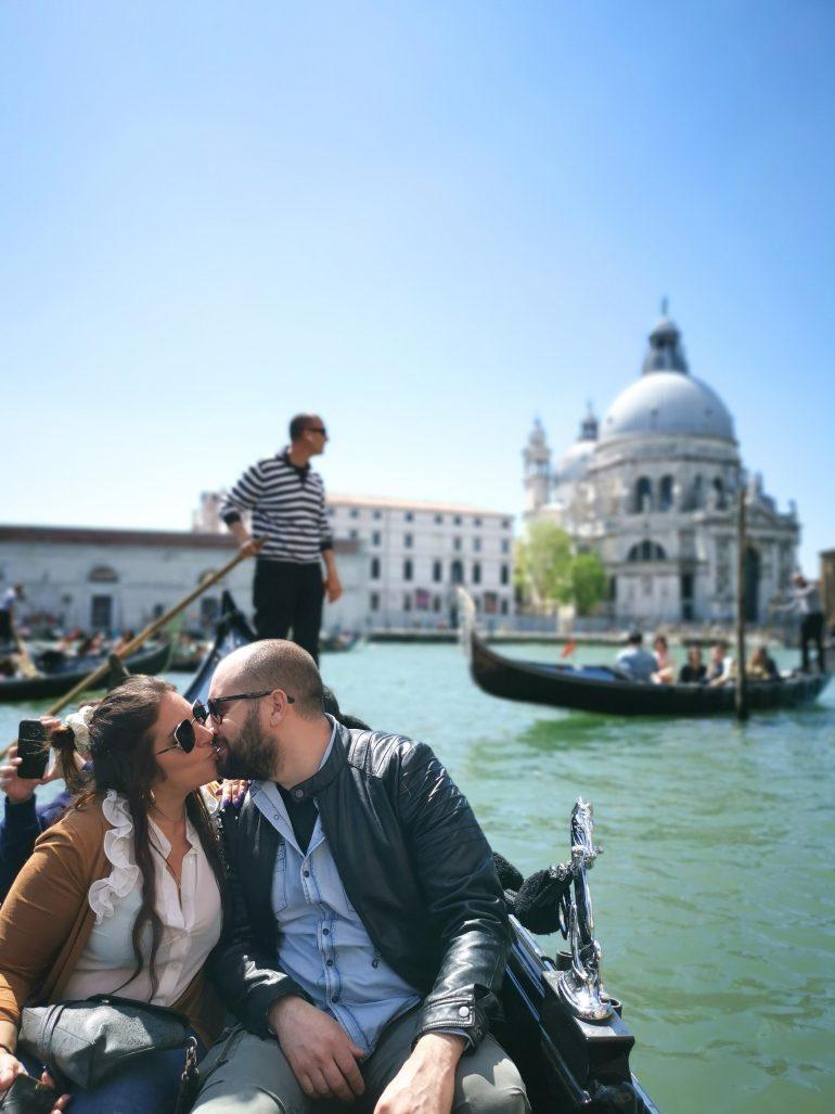 in gondola a Venezia con Musement