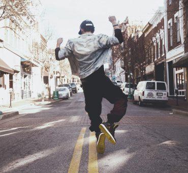 Streetstyle: la moda a misura di uomo perfetta per ogni città